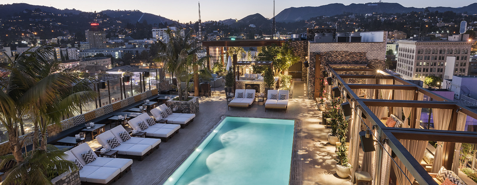 Dream Hollywood Hotel Usa Spiralift